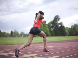 Tips Untuk Pelari Pemula/ Newbie dari Dokter Olahraga. Jakarta, Olahraga lari menjadi salah satu cabang olahraga populer murah