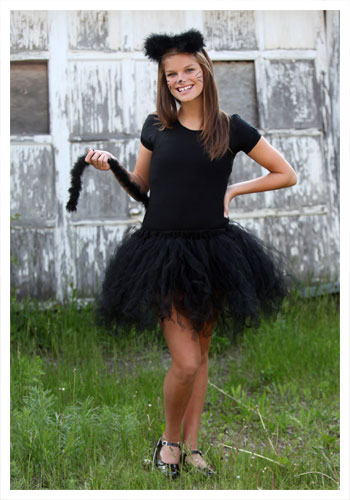 The Lace Figure 5 Quick And Easy Halloween Costumes-4590