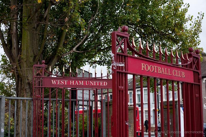 John Lyall Gates Boleyn Ground