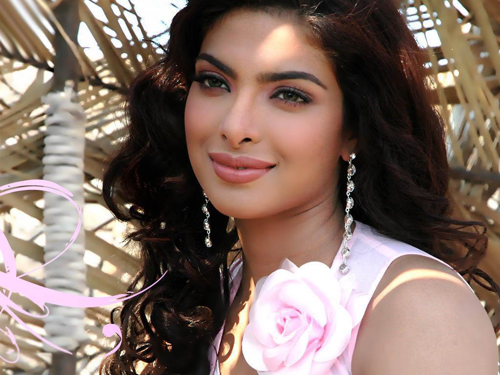 Free Wallpaper Download Sexy Indian Actress  Priyanka -2147