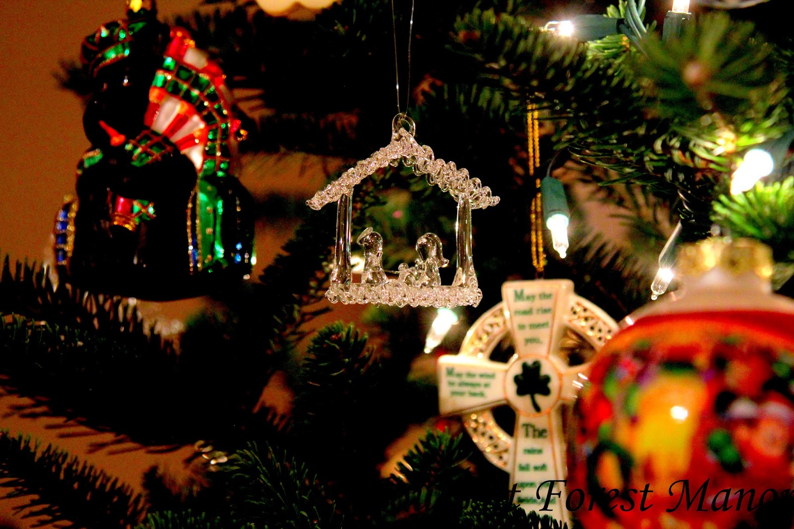 house at forest manor: some favorite christmas ornaments