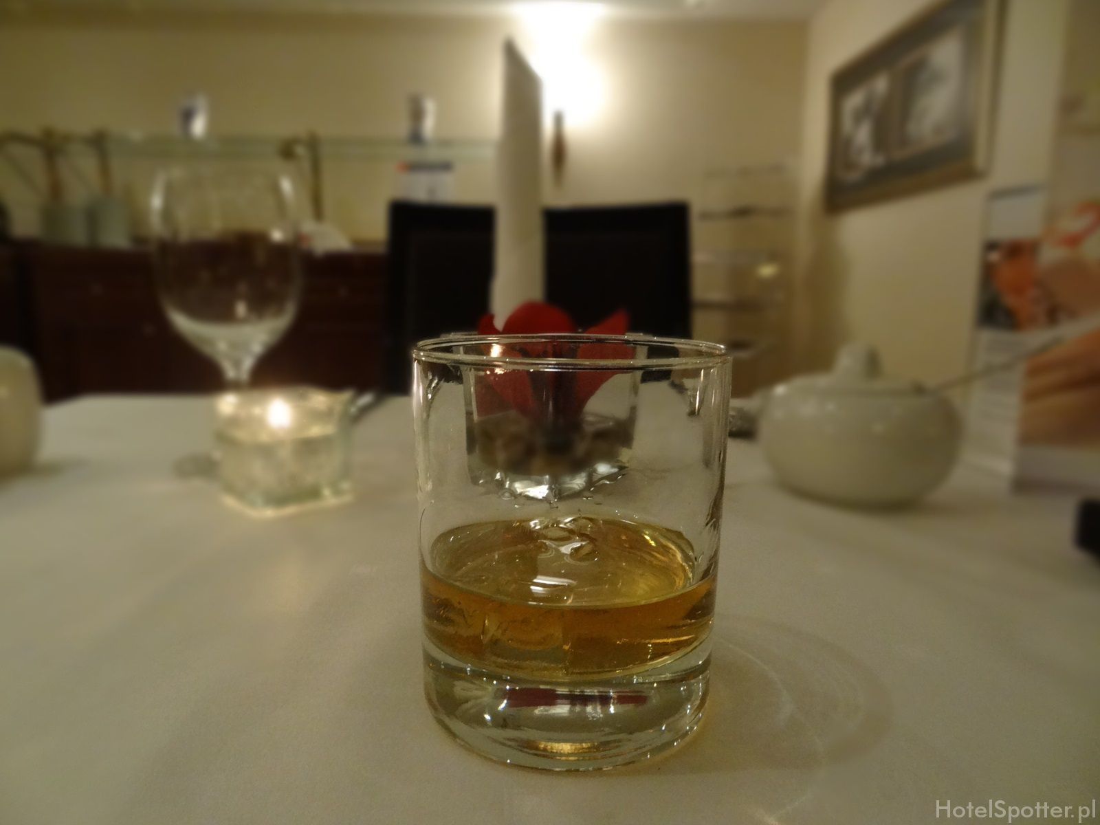 Maritim Hotel Berlin - club lounge Jim Beam bourbon