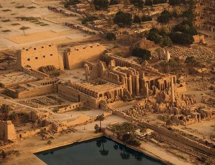 Arqueólogos encuentran vestigios del templo de Osiris