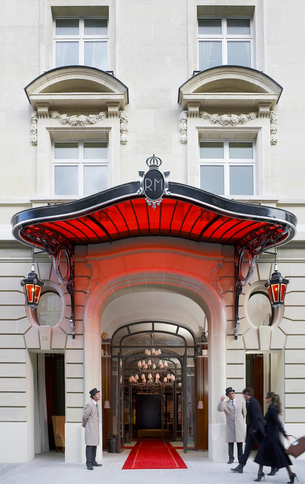 Top 10 Best Hotels in Paris | Raffles Royal Monceau
