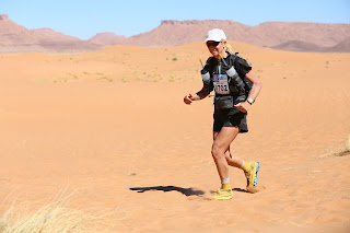mds marathon des sables holly zimmermann ultramarathon marathon mom running everest