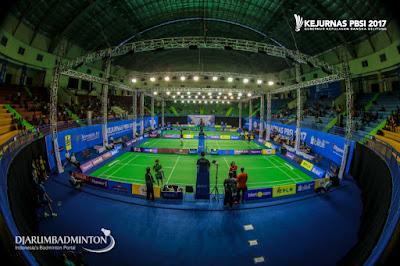 https://www.djarumbadminton.com/nasional/foto/cty/kejuaraan-nasional-badminton-2017/821/#lg=1&slide=8