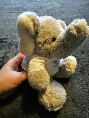 MyGiftDNA, prezent na mikołajki, prezent dla dziecka, pluszak, słonik, prezenty personalizowane