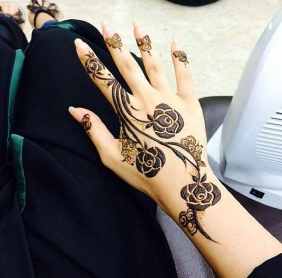 20 unique latest mehndi designs for this festive season for Rose henna tattoo