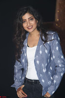 Poonam Kaur looks super cute in Denim at Nakshatram music launch 027.JPG