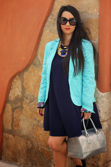 http://silviparalasamigas.blogspot.com.es/2015/05/blazer-turquesa.html