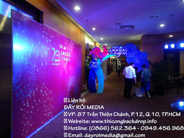 Thi công backdrop và cổng chào cho sự kiện tất niên 2017 tại Khách Sạn Equatorial