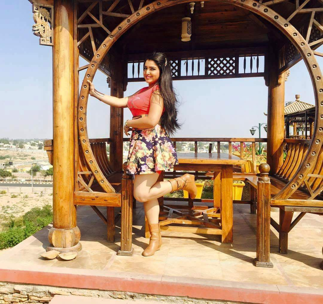 Amrapali Dubey Hot movie Shootimg Photo
