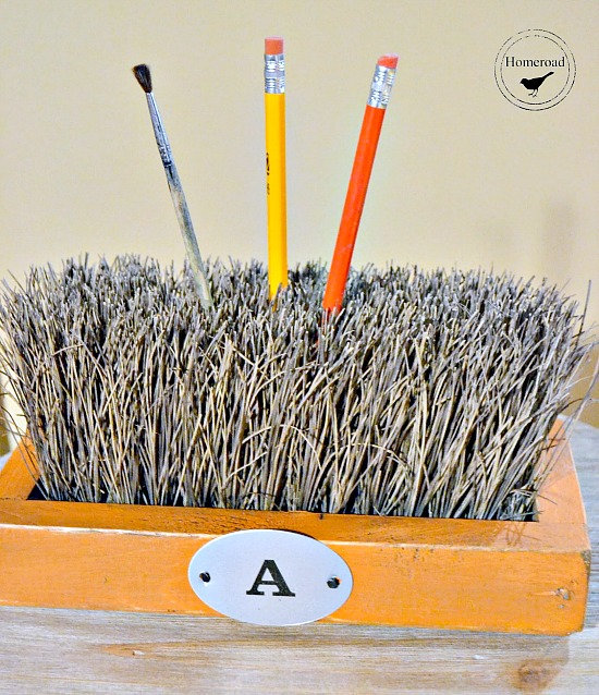 push broom pencil and paint brush organizer