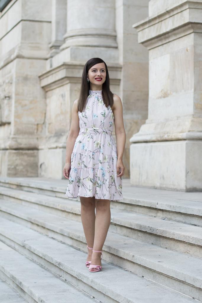 adina nanes blogger de moda