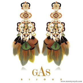 Princess Sofia wore Gas Bijoux Tapachula earrings gold