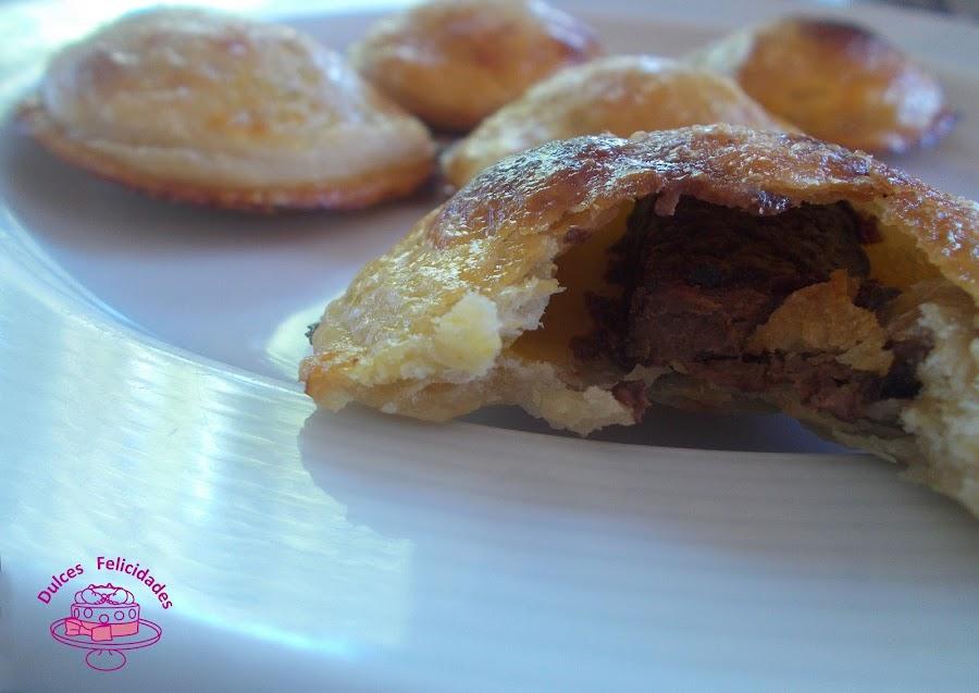 Pastelitos o empanadillas de chocolate