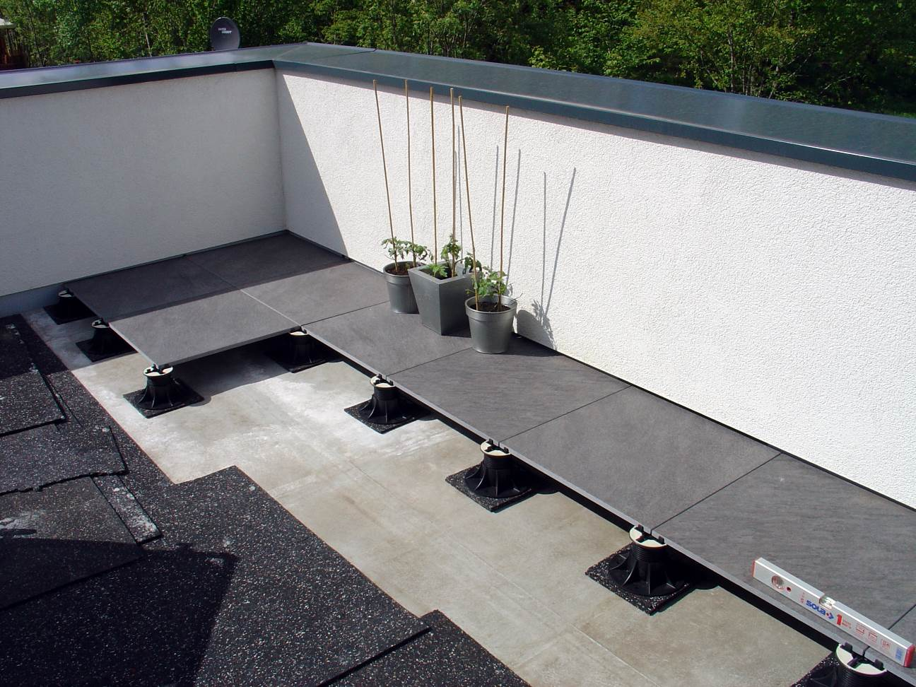 dachterrasse bodenbelag dachterrasse bodenbelag die besten 25 dachterrasse ideen auf pinterest. Black Bedroom Furniture Sets. Home Design Ideas