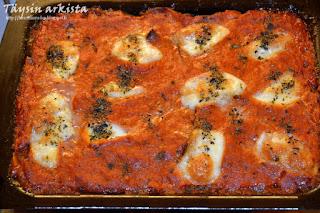 Tomaatti-munakoisovuoka