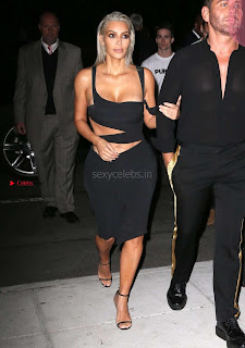 Kim-Kardashian-Mert-and-Marcus-Book-Launch-in-New-York--10+%7E+SexyCelebs.in+Exclusive.jpg