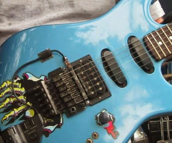 719c18a1d5b Local Music Gear - Gear Review  EVH D-Tuna by FU-Tone (Review) ...