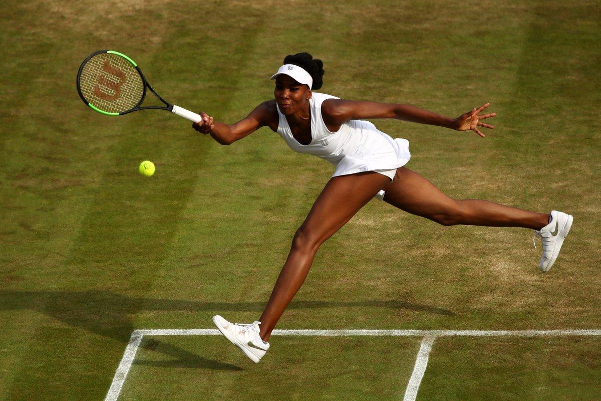 @Venus Williams secures a place in Wimbledon Round of 16, Defeats Naomi  Osaka 7-6(3), 6-4