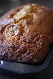 http://tousavoschaudrons.blogspot.ca/2011/03/les-meilleurs-muffinspain-aux-bananes.html