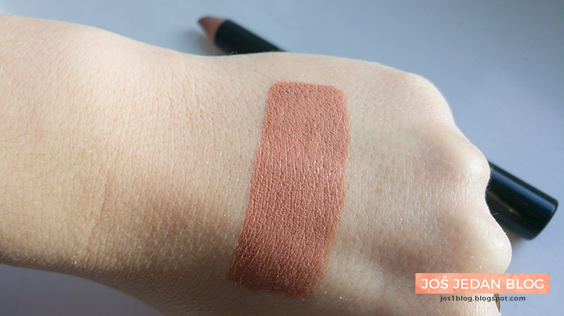 HQhair Beauty Bauble - Party In The Nude - NUDESTIX Lip and Cheek Pencil in 'Whisper' review, swatch