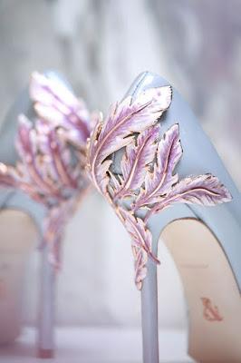 Sapatos rosa e azul claro : Ralph & Russo Shoes pink blue Spring 2016
