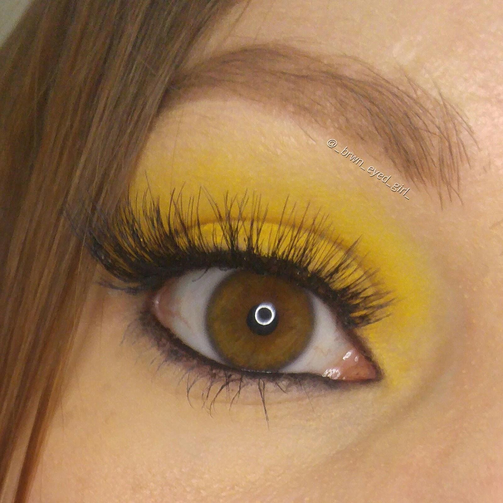 mom loves makeup make up for ever aqua xl color paint shadow aqua xl ink eyeliner review. Black Bedroom Furniture Sets. Home Design Ideas