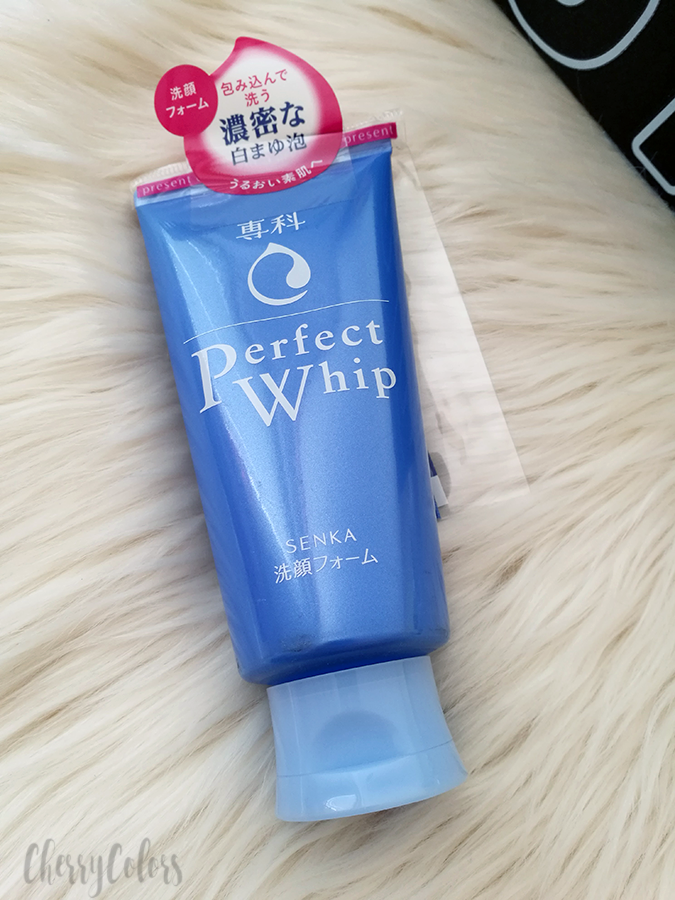 Shiseido Senka Perfect Whip Face Wash