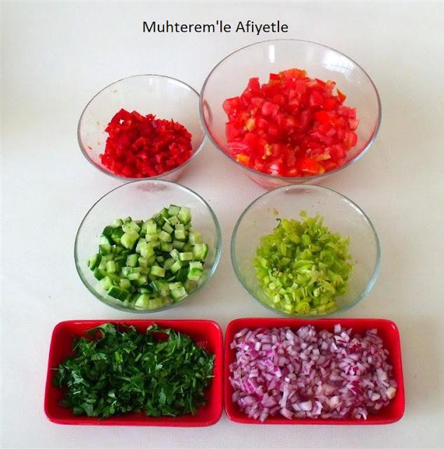kaşık salatası nasıl doğranır?