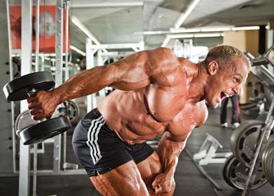Patada trasera de Tríceps