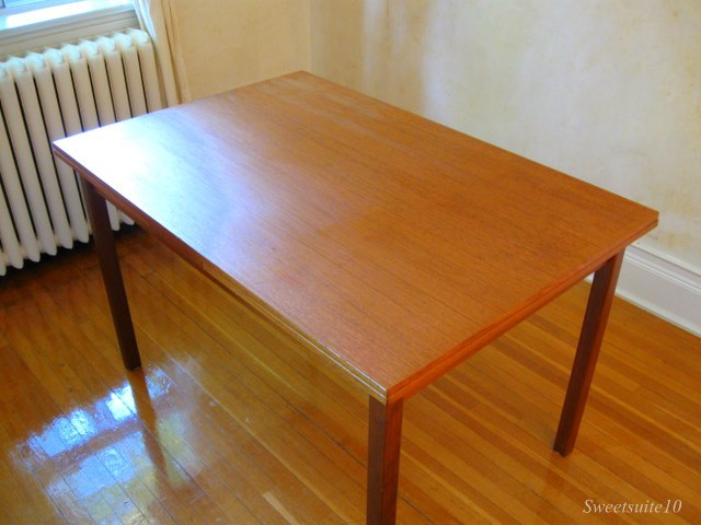 Teak dining room Table