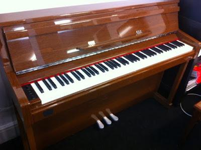 Mua bán đàn piano secondhand và những điều nên biết