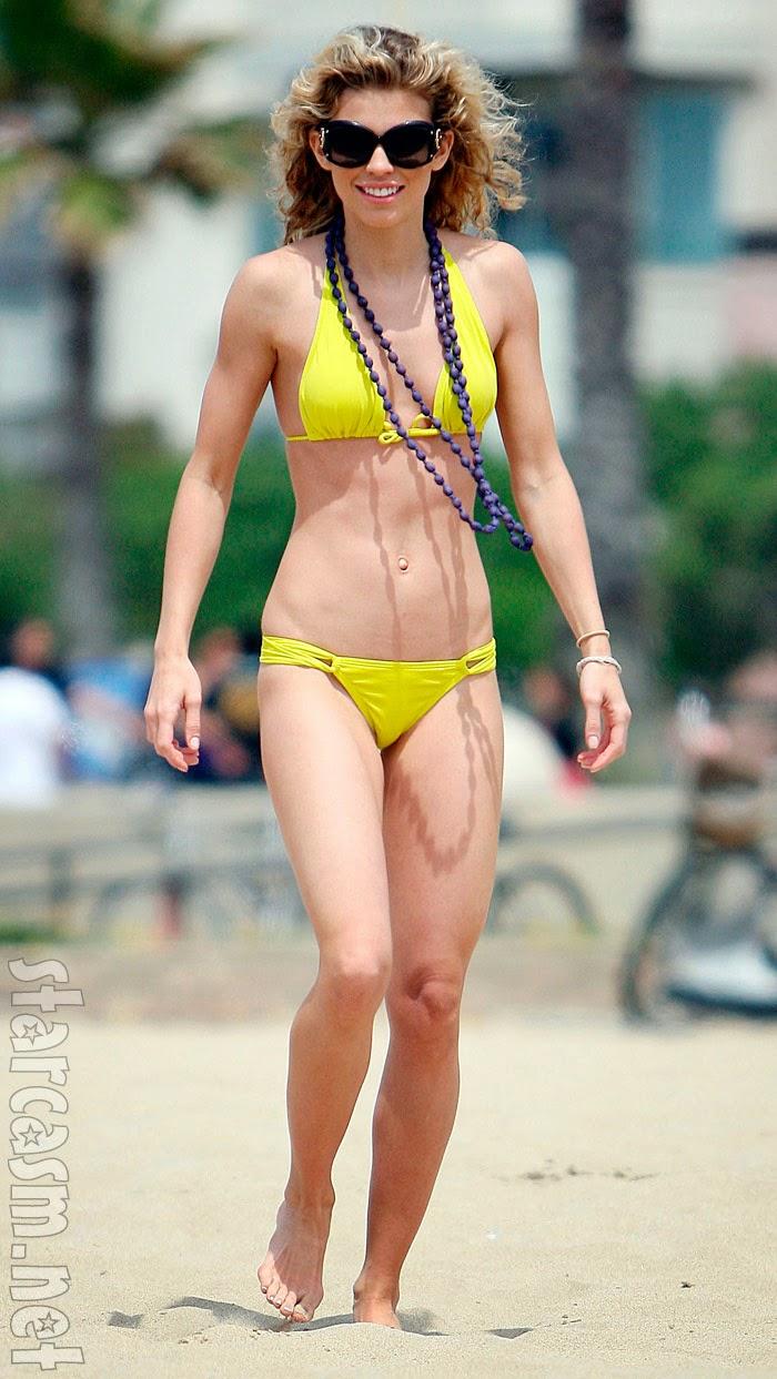 Nude Girls Beach Volleyball