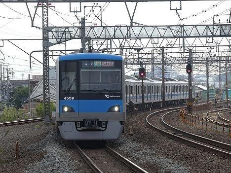 【ダイヤ改正で登場!】小田急4000形の常磐線 各駅停車 成城学園前行き
