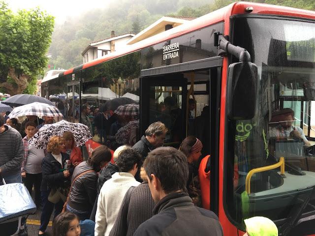 Autobús municipal en El Regato