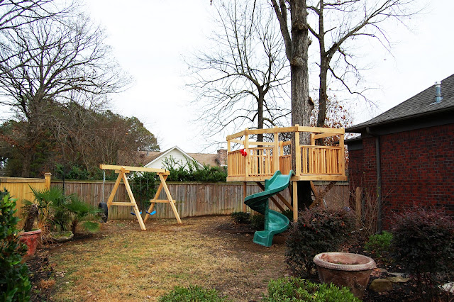 Wrap-around Fort Treehouse