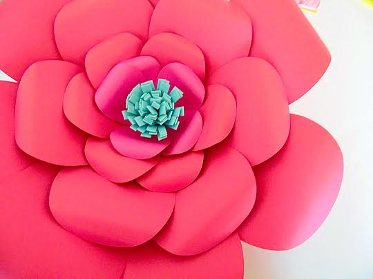 How to make large paper flowers easy diy giant paper flower glue the center in and admire you pretty flower i hope you have enjoy this tutorial to help you learn how to make large paper flowers mightylinksfo
