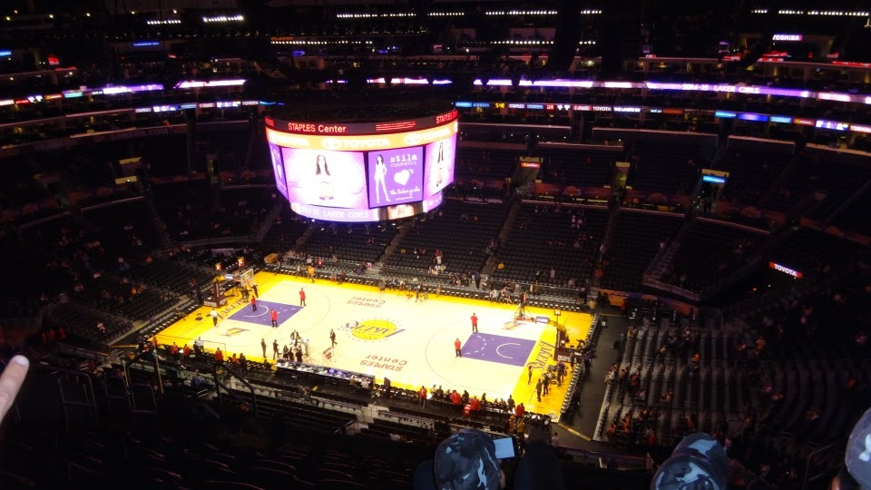 staples center - lakers - los angeles