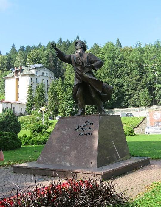 Pomnik Kiepury.