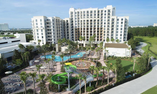 Book studios and suites for extended stays in Orlando at the Las Palmeras Hilton Grand Vacation Club. Located centrally to all of Orlando's biggest attractions.
