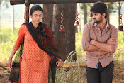 Oka Manasu Movie Photos gallery-thumbnail-18