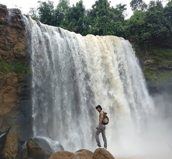 Wisata Air Terjun di Sukabumi