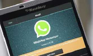 how-to-make-whatsapp-work-on-all-blackberry-phones