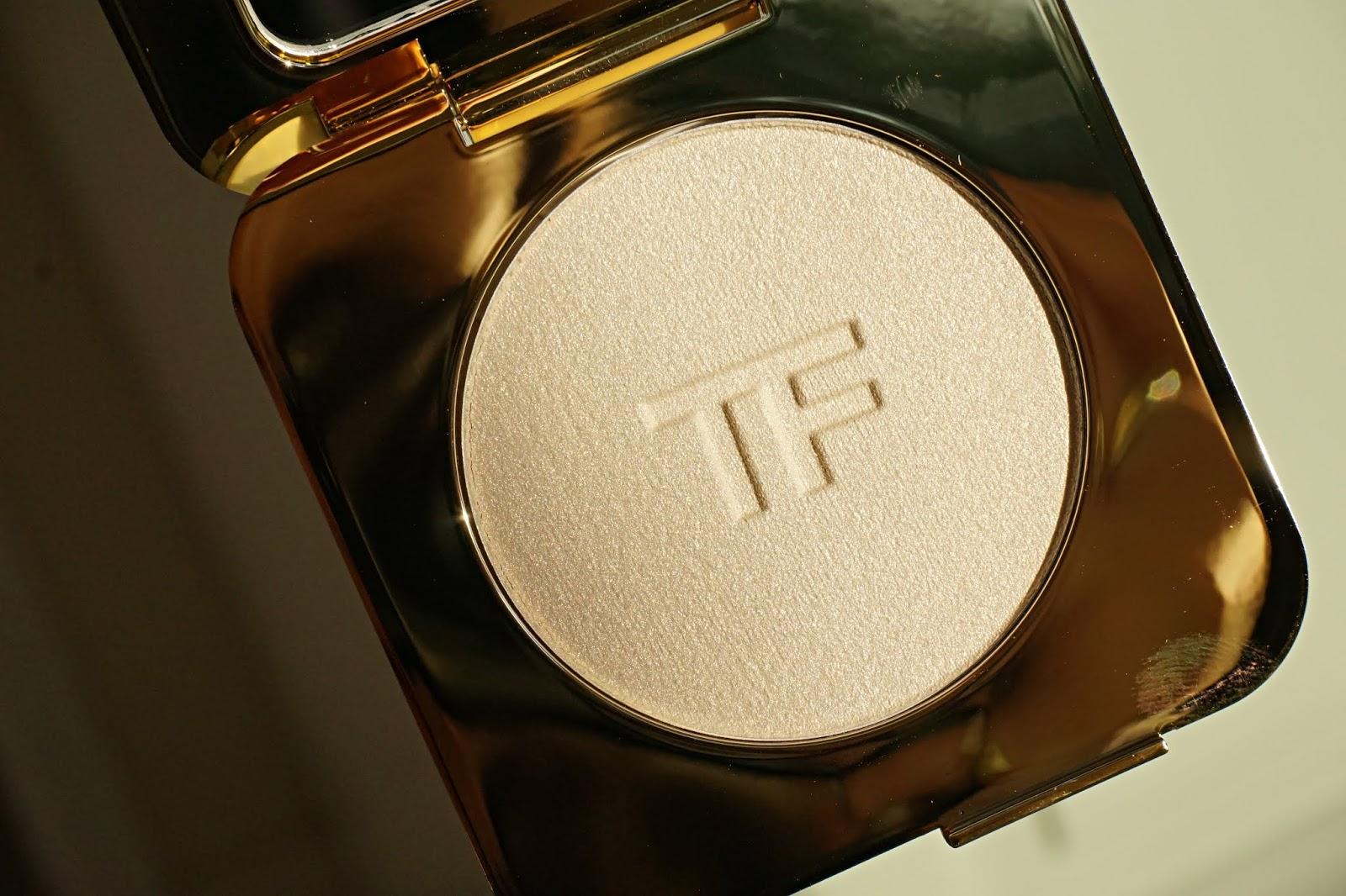 tom ford glit glow
