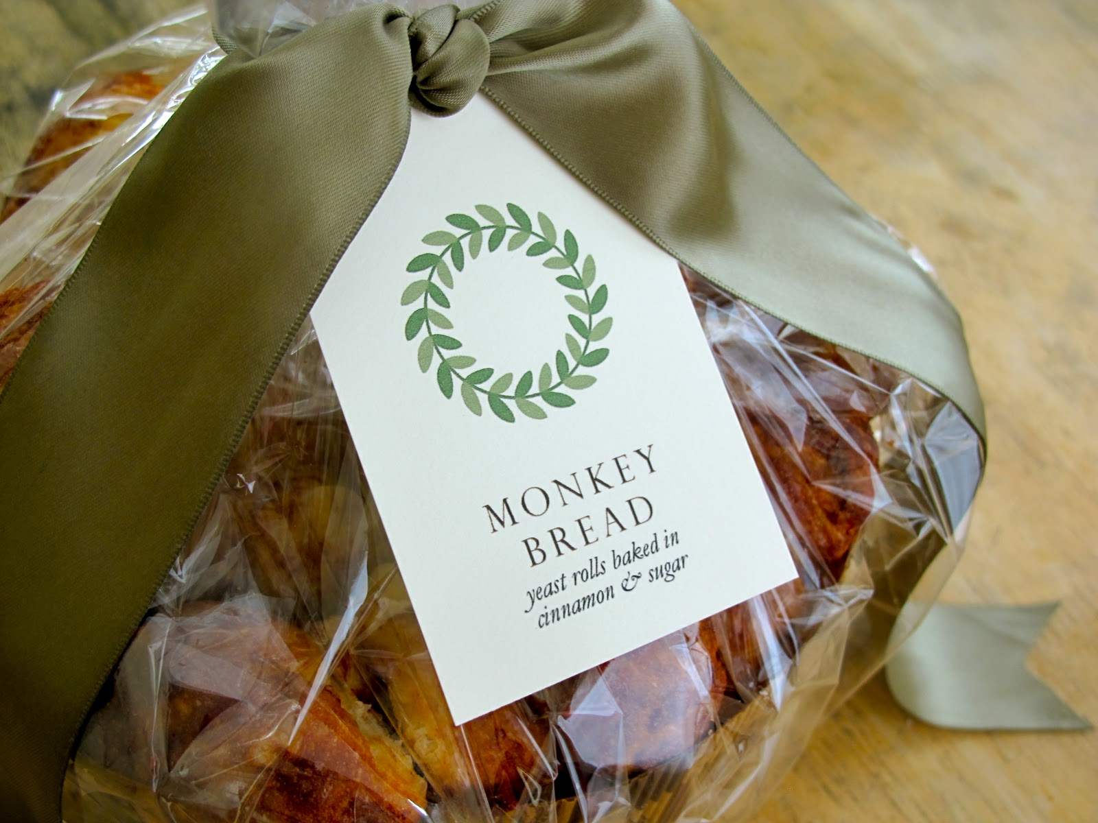 Favorite Jenny Steffens Hobick: Monkey Bread | Homemade Gift Ideas for the  PS19
