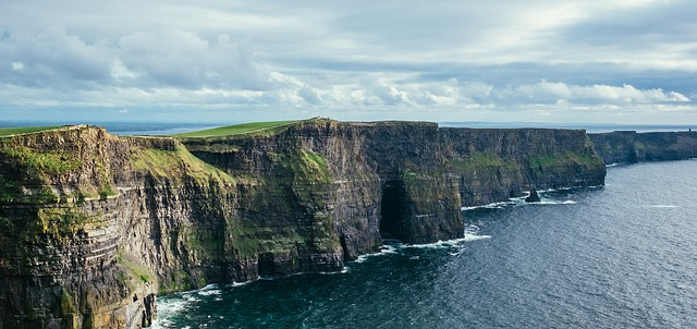 Ireland Tours | Fly to the Cliff of Moher and Killarney | Tourinblog