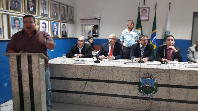 Vereadores e representantes da sociedade debatem realização da Expocrato