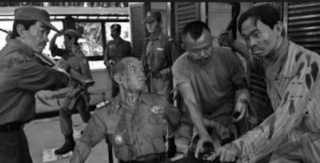 """""""Anak Muda Harus Tahu Bagaimana 7 Jenderal Dibunuh PKI (Komunis) """""""